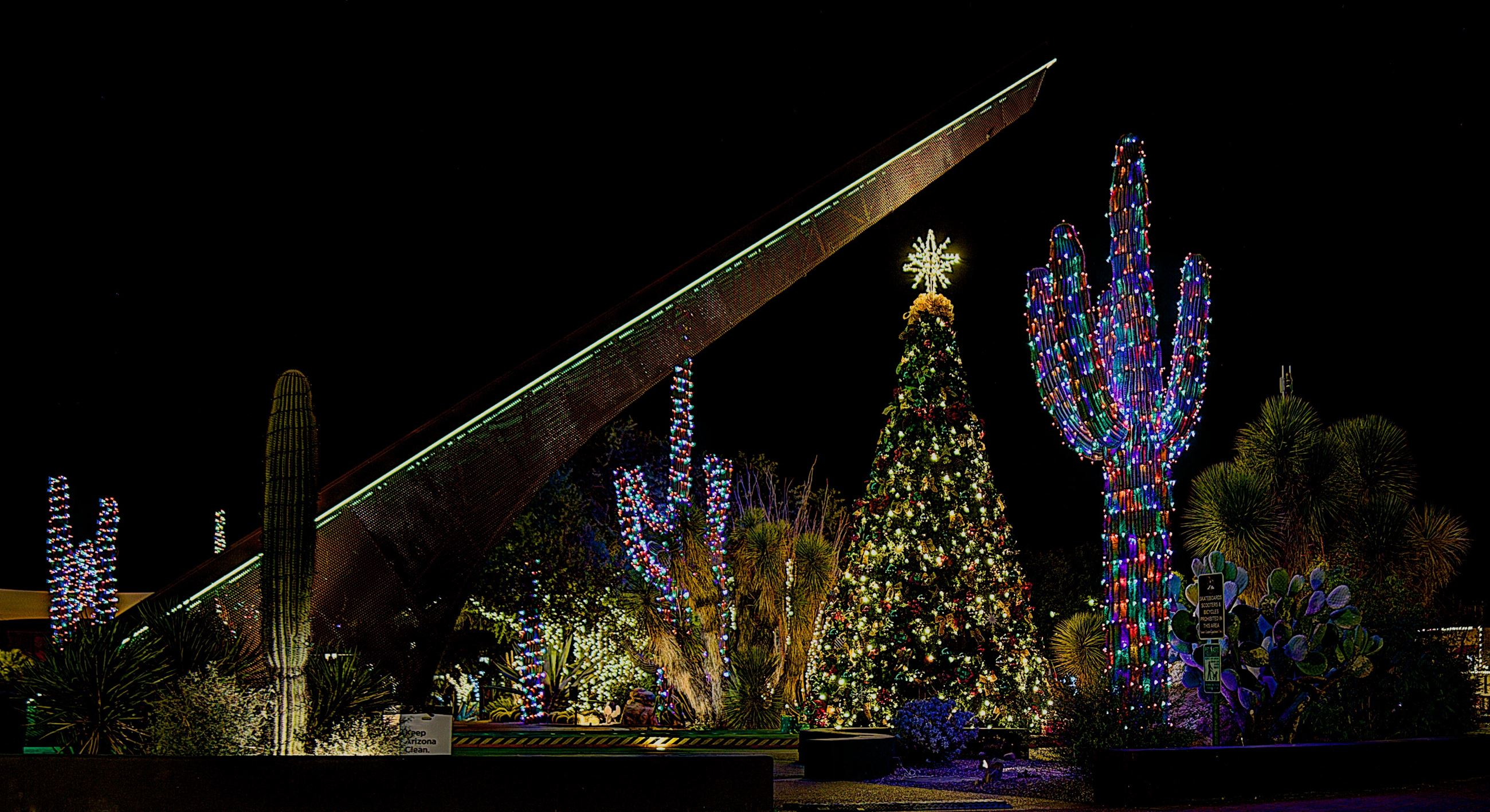Christmas in Carefree, A Season of Traditions    | Carefree